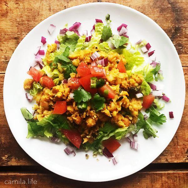 Curry Scrambled LOVE - Vegan Recipe on camila.life