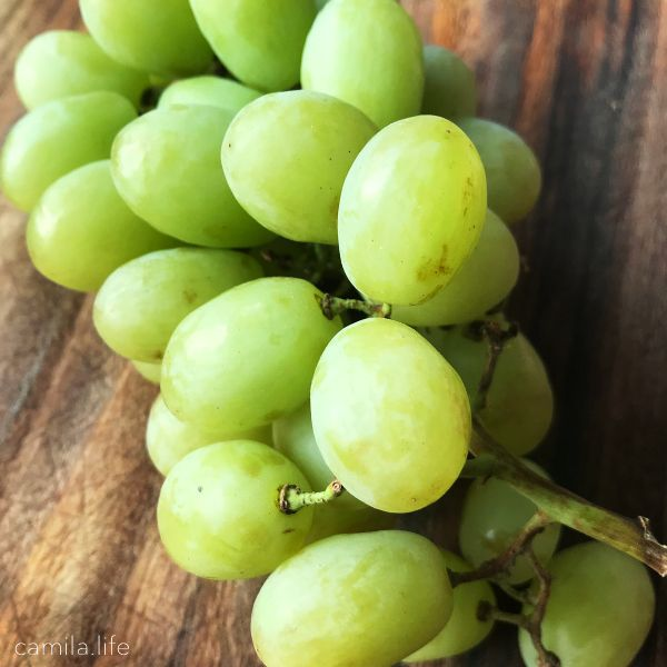 Green Grapes - Vegan Ingredient on camila.life