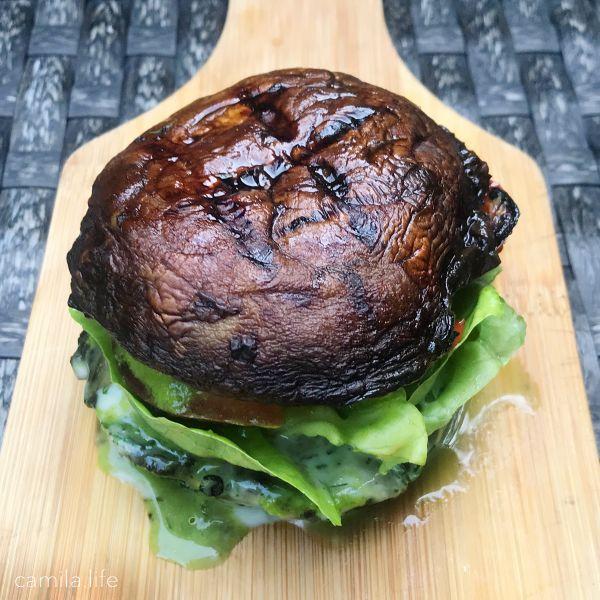Shroom Burger LOVE - Vegan Recipe on camila.life